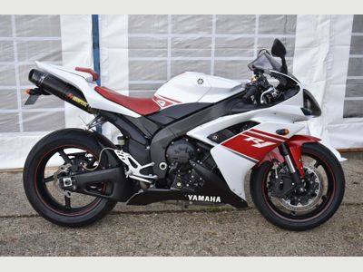 Yamaha R1 Super Sports 1000
