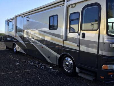 Fleetwood providence 39L American RV