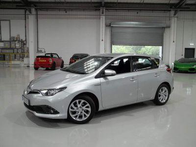 Toyota Auris Hatchback 1.8 VVT-h Business Edition CVT (s/s) 5dr