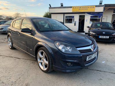Vauxhall Astra Hatchback 1.9 CDTi 8v SRi 5dr