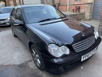 Mercedes-Benz C Class Saloon 2.1 C220 CDI Classic SE 4dr