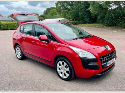 Peugeot 3008 SUV 1.6 e-HDi Access EGC 5dr