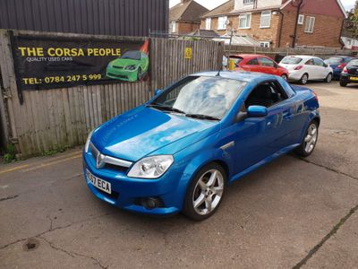 Vauxhall Tigra Convertible 1.4 i 16v Cabriolet Easytronic 2dr