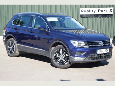 Volkswagen Tiguan SUV 2.0 TDI BlueMotion Tech SE Navigation 4Motion (s/s) 5dr