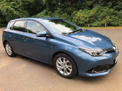 Toyota Auris Hatchback 1.6 D-4D Business Edition (s/s) 5dr (Safety Sense)
