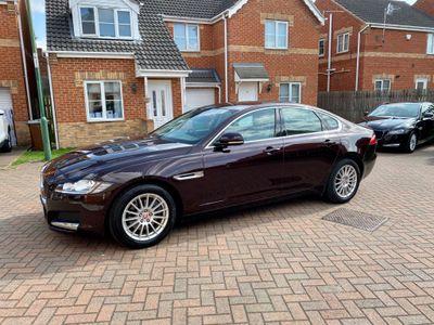 Jaguar XF Saloon 2.0d Prestige Auto (s/s) 4dr