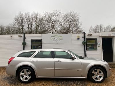 Chrysler 300C Estate 3.0 CRD V6 LUX 5dr