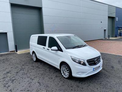 Mercedes-Benz Vito Combi Van 2.1 114 CDi Pure Crew Van RWD L2 EU6 (s/s) 5dr