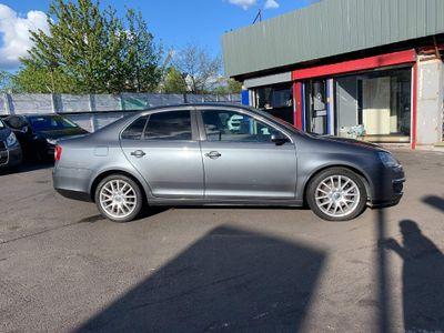 Volkswagen Jetta Saloon 2.0 TDI Sport DSG 4dr