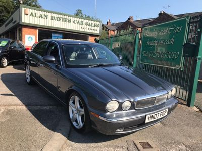 Jaguar XJ Saloon 2.7 TD Executive 4dr