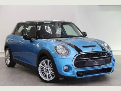 MINI Hatch Hatchback 2.0 Cooper SD (s/s) 5dr