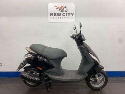 Piaggio Zip Moped 50 4T