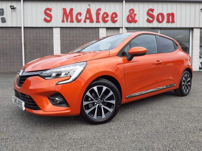 Renault Clio Hatchback 1.0 TCe Iconic (s/s) 5dr