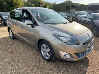 Renault Grand Scenic MPV 1.9 TD Dynamique TomTom 5dr