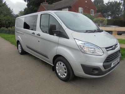 Ford Transit Custom Combi Van