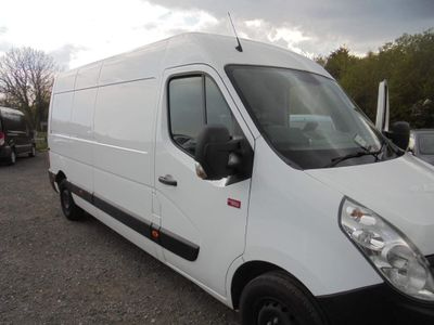 Renault Master Panel Van 2.3 dCi 35 eco2 FWD L3 Medium Roof EU5 5dr