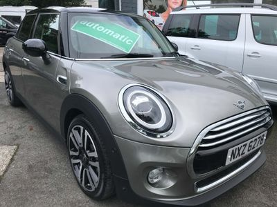 MINI Hatch Hatchback 1.5 Cooper Exclusive Steptronic (s/s) 5dr
