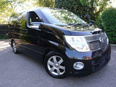 Nissan Elgrand SUV Highway Star 2.5 v6 Tiptronic 7 Seats