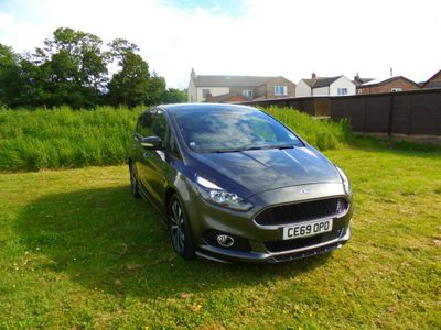 Ford S-Max MPV 1.5T EcoBoost ST-Line (s/s) 5dr