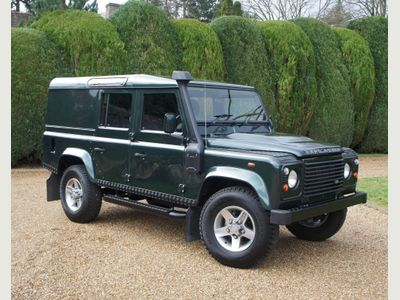 Land Rover Defender 110 SUV 2.4 TDCI Utility 9/11 Seater