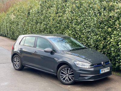 Volkswagen Golf Hatchback 1.5 TSI EVO SE Nav (s/s) 5dr