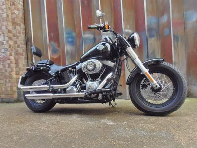 Harley-Davidson Softail Custom Cruiser 1690 FLS Softail Slim