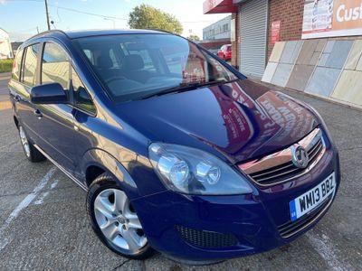 Vauxhall Zafira MPV 1.6 16V Exclusiv 5dr (SNav)