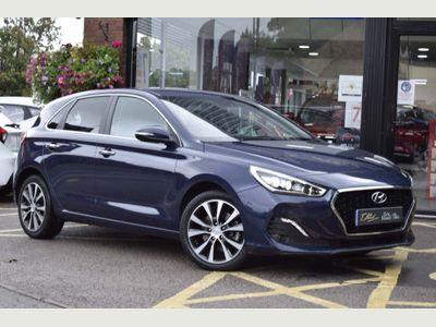 Hyundai i30 Hatchback 1.6 CRDi Blue Drive Premium (s/s) 5dr