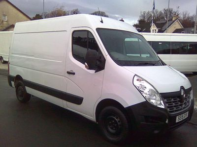 Renault Master Panel Van 2.3 dCi 35 Business FWD MWB Medium Roof EU5 5dr