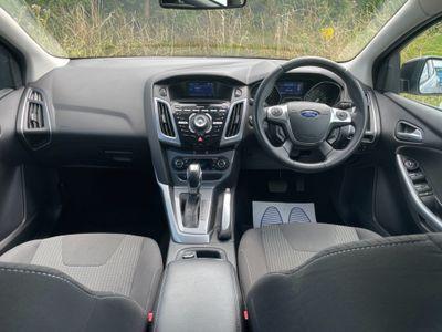 Ford Focus Hatchback 1.6 Ti-VCT Titanium Powershift 5dr
