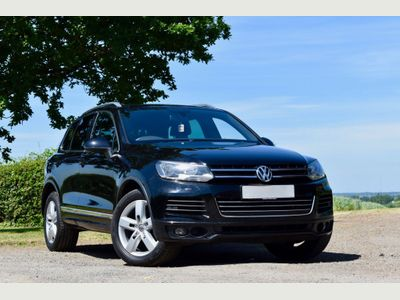 Volkswagen Touareg SUV 3.0 TDI V6 CR Altitude Tiptronic 4WD (s/s) 5dr