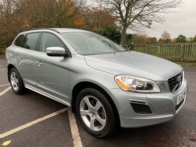 Volvo XC60 SUV 2.0 D3 DRIVe R-Design Premium (Premium Pack) Geartronic 5dr