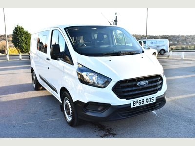 Ford Transit Custom Unlisted 2.0 320 EcoBlue DCIV 5dr Diesel Manual L2 H1 EU6 (6 Seat) (130 ps)
