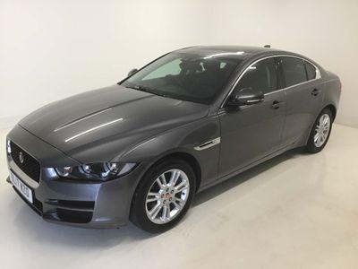 Jaguar XE Saloon 2.0i Prestige Auto (s/s) 4dr