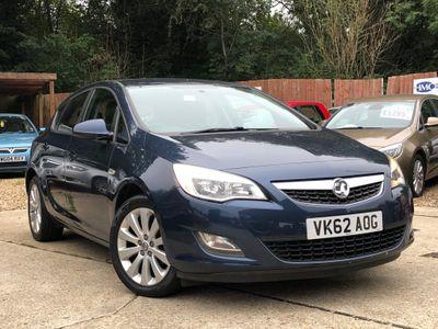 Vauxhall Astra Hatchback 1.6 16v Exclusiv 5dr