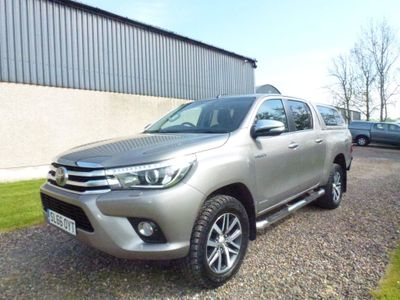 Toyota Hilux Pickup 2.4 D-4D Invincible Double Cab Pickup 4WD EU6 4dr (TSS)