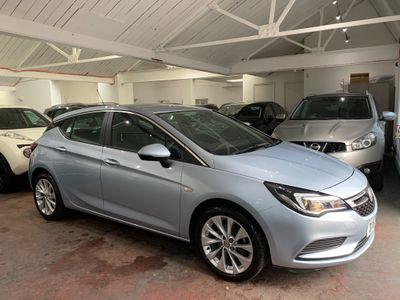 Vauxhall Astra Hatchback 1.4i Design 5dr