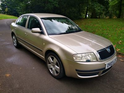SKODA Superb Saloon 1.9 TDI PD Classic 4dr