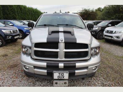 Dodge RAM Pickup 5.7 Laramie Quad Crewcab Pickup 4dr