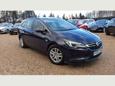 Vauxhall Astra Estate 1.6 CDTi ecoFLEX Design Sports Tourer (s/s) 5dr