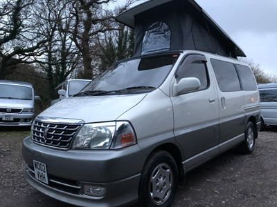 Toyota GRANVIA GRAND HIACE Pop Top 4 Berth Full Conversio Unlisted Full Side Camper Conversion LPG 5 Seater