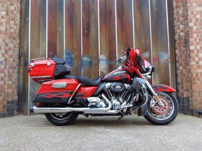 Harley-Davidson Touring Tourer 1800 FLHTCUSE7 Ultra Classic Electra Glide