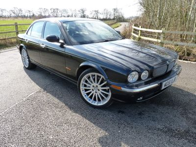 Jaguar XJ Saloon 4.2 V8 Super 4dr