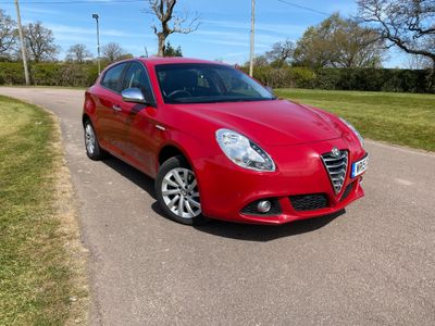 Alfa Romeo Giulietta Hatchback 2.0 JTDM-2 Business Edition (s/s) 5dr