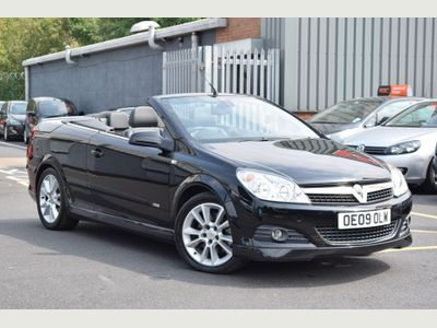 Vauxhall Astra Convertible 2.0 i 16v Design Twin Top 2dr