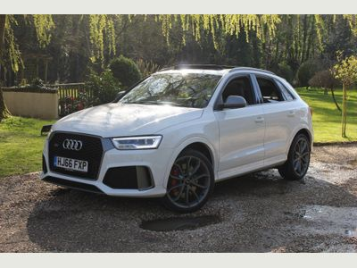 Audi RS Q3 SUV 2.5 TFSI Performance S Tronic quattro (s/s) 5dr