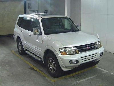 Mitsubishi Pajero SUV EXCEED 3500cca Auto Petrol 7 seats