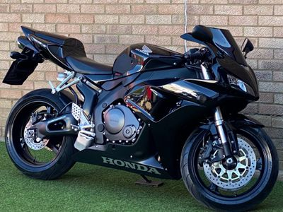 Honda CBR1000RR Fireblade Super Sports