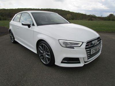Audi S3 Hatchback 2.0 TFSI quattro (s/s) 3dr