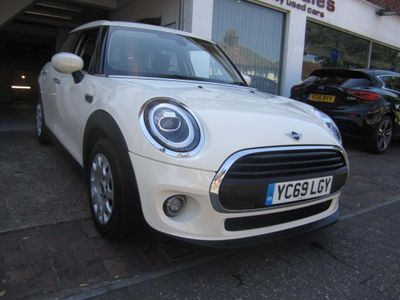 MINI Hatch Hatchback 1.5 One Classic Steptronic (s/s) 5dr